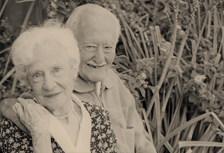 Due anziani